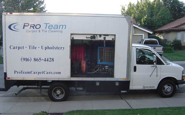 Pro Team Express 3500 Box Van Side